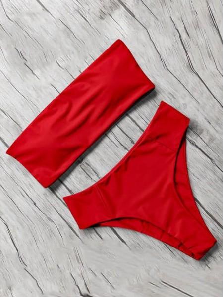 Красный купальник бандо с бесшовными плавками