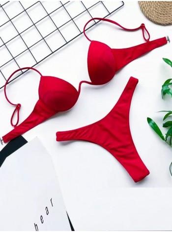 Красный женский купальник с декольте + стринги