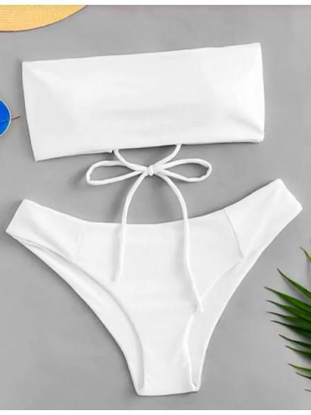 Белый купальник бандо с чашками на шнуровке