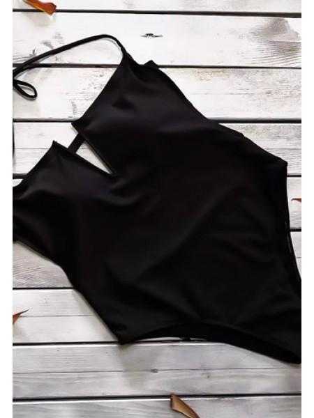 Черный сплошной купальник с V образным декольте
