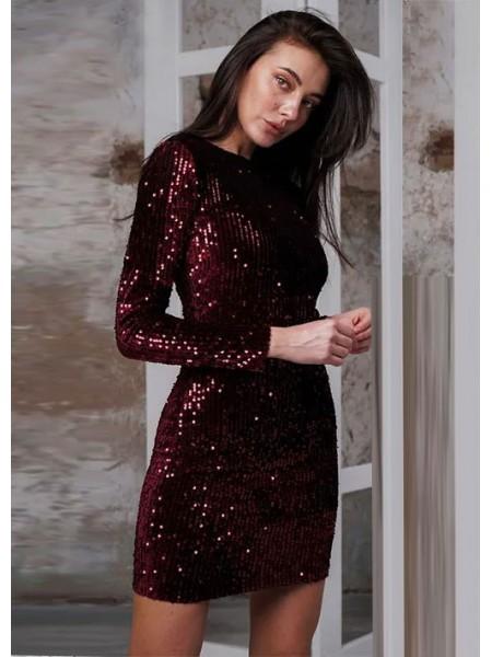 Короткое вечернее платье с пайетками
