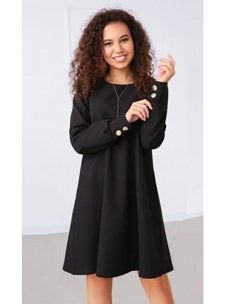 Свободное платье с пуговицами