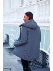 Стеганная куртка с капюшоном