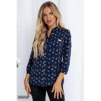 Синяя блузка в цветочек