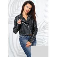 Женская короткая куртка косуха из экокожи черная