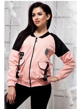 Короткая женская куртка в спортивном стиле