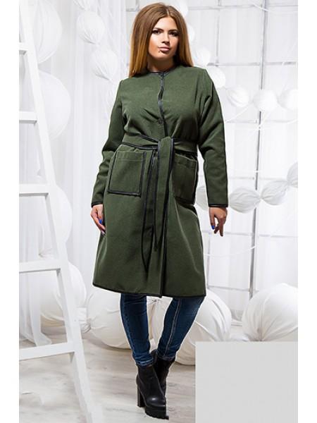 Пальто на запах без воротника с накладными карманами