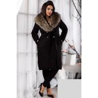 Черное батальное пальто из кашемира с меховым воротником