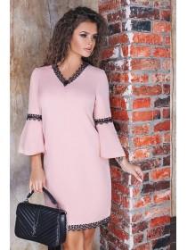 Красивое платье с кружевом Леона