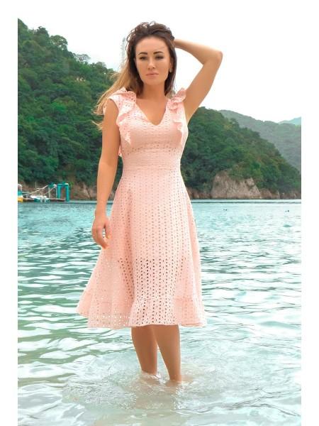 Красивое платье из прошвы Фабьян